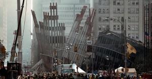 Останките от Световния търговски център, 14 септ. 2001г. в Ню Йорк // Снимка: Пол Морс